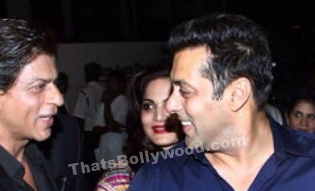 SRK at Arptita Khan Reception