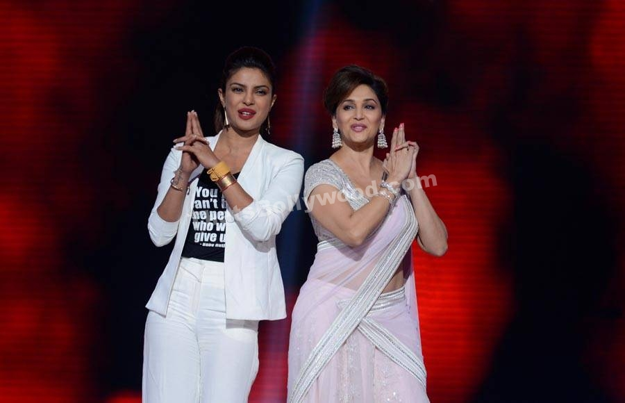 Priyanka Chopra and Madhuri Dixit Developing Comedy Series on ABC